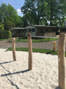Twee houten duikelrekken - Robinia houten speeltoestellen - LuduQ speeltoestellen