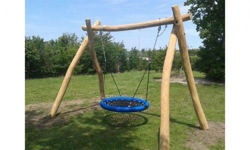 Houten schommelframe met vogelnest zitting - Houten schommels - Robinia houten speeltoestellen - LuduQ speeltoestellen