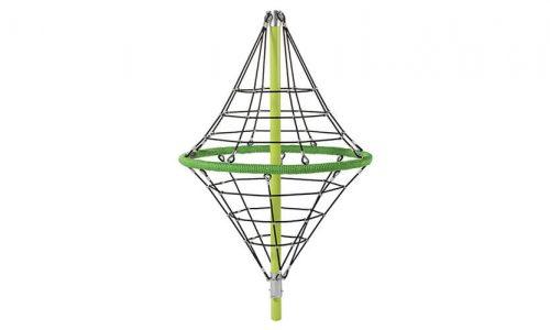 De Toronto 250 is een klimtoestel met gewapend 16mm touw.Tot een hoogte van 264 cm hoog. De constructie draait niet.Ruitvormig groen klimnet - Ruimtenet - Speeltoestel - LuduQ speeltoestellen