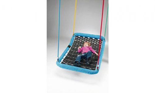 Liggend kind op schommelbed - Schommelzittingen - Onderdelen - LuduQ speeltoestellen