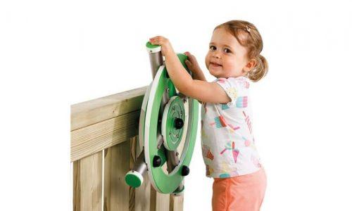 Kind speelt met stuurwiel - speeltoestel accessoires - onderdelen - LuduQ speeltoestellen